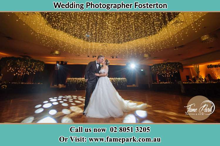 Photo of the Groom and the Bride kissing at the dance floor Fosterton NSW 2420
