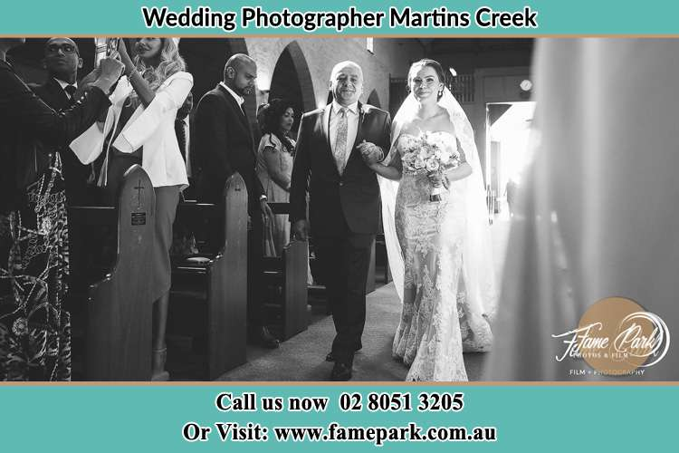 Photo of the Bride and her father walking the aisle Martins Creek NSW 2420