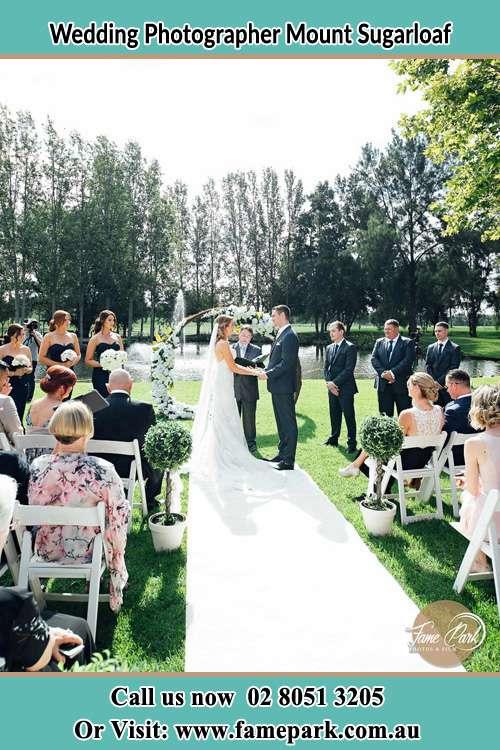 Garden wedding photo ceremony Mount Sugarloaf NSW 2286