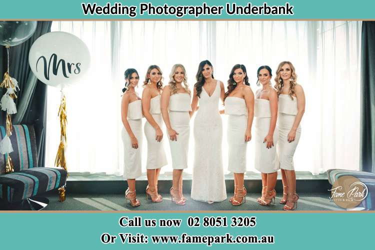 Photo of the Bride and the bridesmaids Underbank NSW 2420
