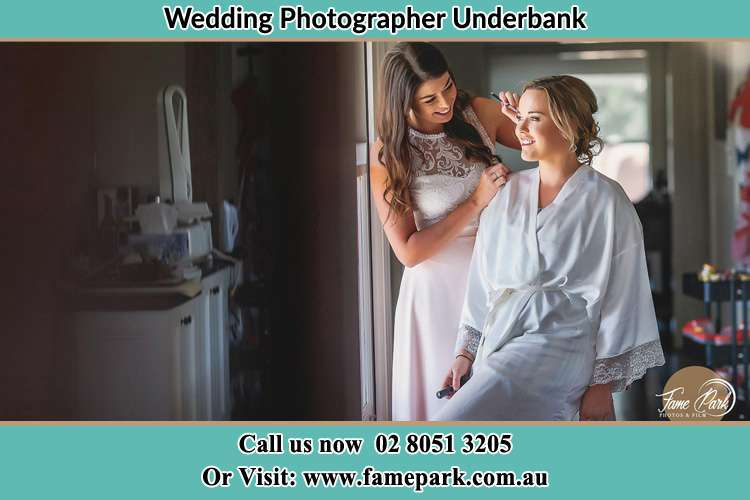 Photo of the Bride having make up Underbank NSW 2420
